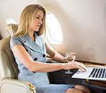 Новые правила провоза багажа и ручной клади — ноутбук в самолет нельзя.