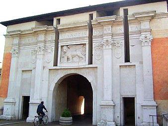 Венеция Тревизо Италия достопримечательности, музей Св Катерины в Тревизо,Дуомо в Тревизо