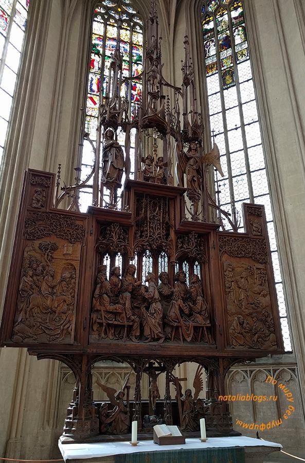Что посмотреть в Ротенбурге-на-Таубере. Деревянный резной алтарь Святой Крови. Ему 500 лет