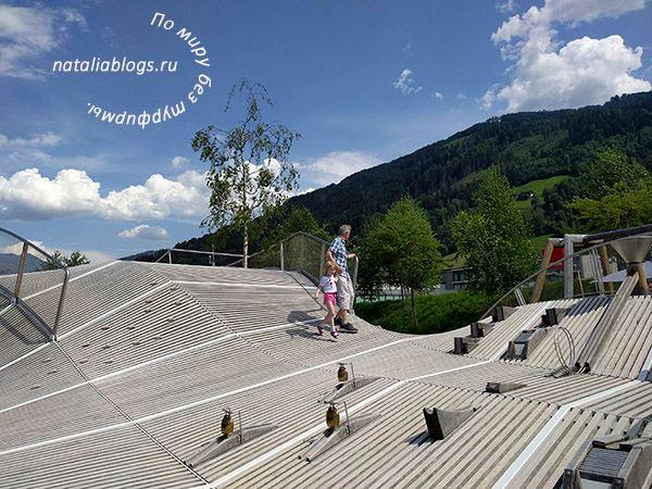 Инсбрук летом. Ваттенс. Музей Сваровски. Детские развлечения. Игровая площадка. Фото