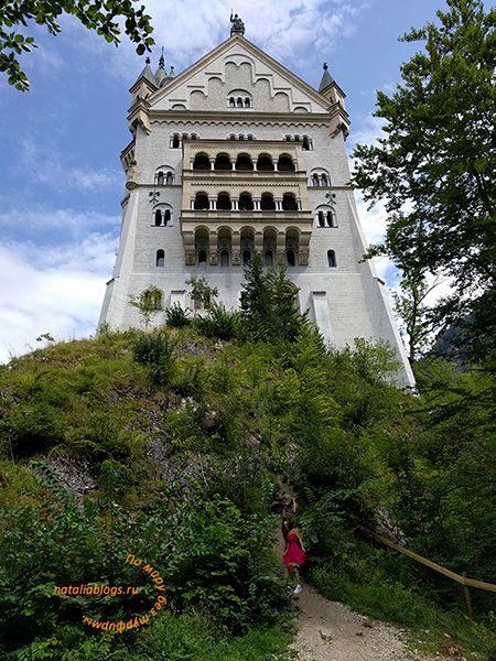 Замок в Баварии Нойшванштайн. Фото