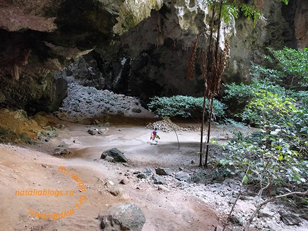 Таиланд. Хуа Хин. Достопримечательности и интересные места. Пещера Прая Након.