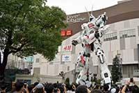 Робот Гандам на Одайбе в Токио